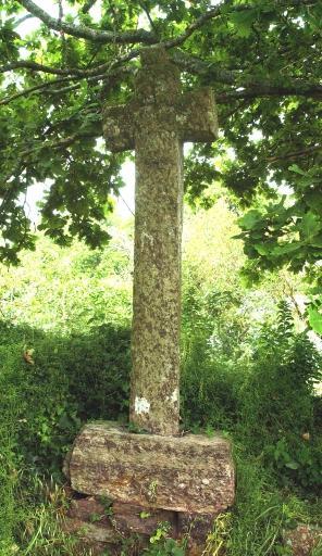 croix-de-schiste-la-poulnais-16e.jpg